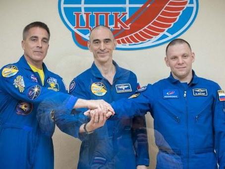 Un équipage spatial a quitté la Terre pour l'ISS en pleine pandémie