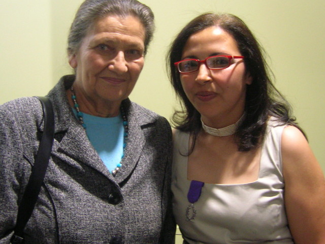 Quand Simone Veil parrainait des programmes d'aide à des associations marocaines