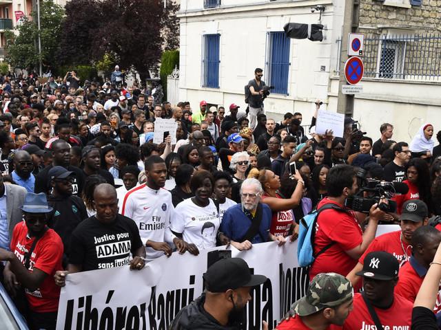 Après la marche en mémoire d'Adama Traoré, trois gendarmes blessés par des tirs de mortier à Beaumont-sur-Oise