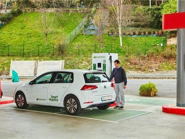 Espagne et Portugal : 500 bornes de recharge rapide pour les autoroutes