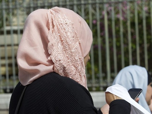 """""""Le voile est sexiste et obscurantiste"""" : l'appel de 100 musulman(e)s de France"""