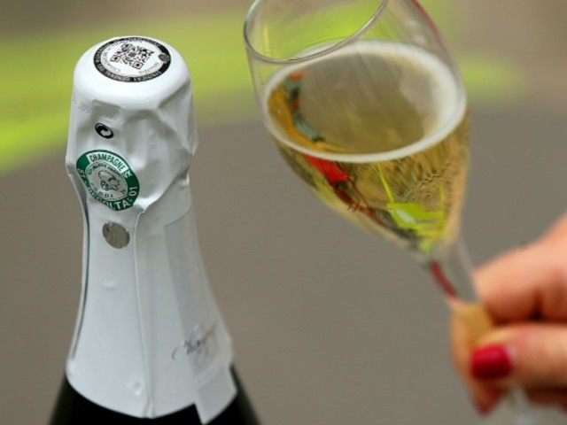 Champagne: la course à la connexion