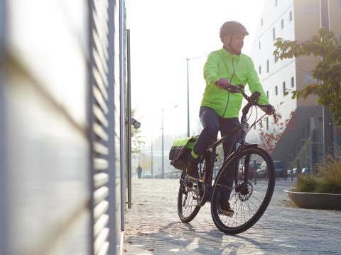"""Le """"vélotaf"""" peut-il remplacer la voiture dans les grandes villes ?"""