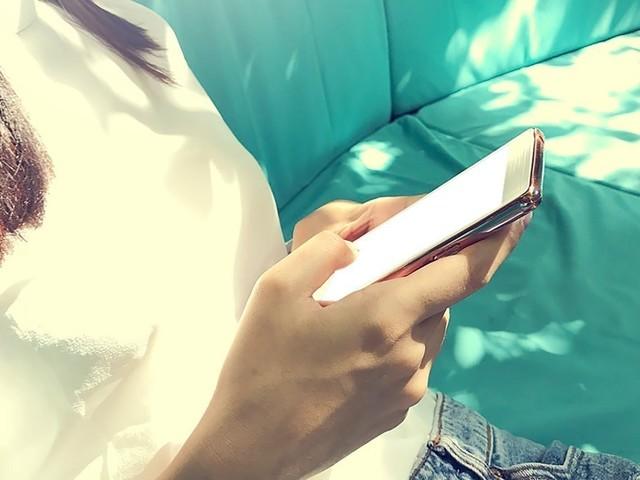 Forfaits mobiles en promo à 10 euros : Quel opérateur choisir entre SOSH, Free Mobile, RED by SFR ou B&You ?