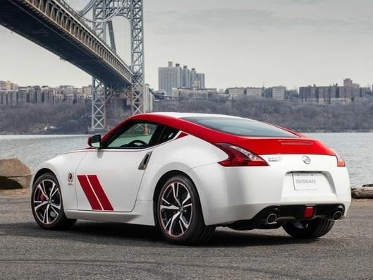 """Nissan 370Z """"50e anniversaire"""" : à partir de 41 200 €"""