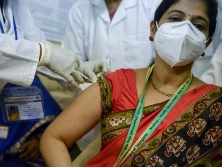 Inde: coup d'envoi de la méga-campagne de vaccination contre le Covid-19