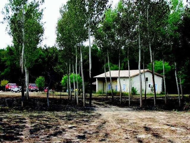 En Libournais, huit hectares et une grange partis en fumée