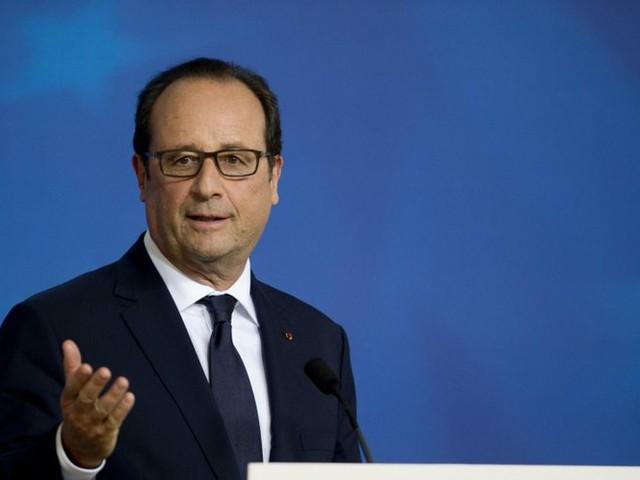 """François Hollande prône un """"véritable régime présidentiel"""" sans Premier ministre"""