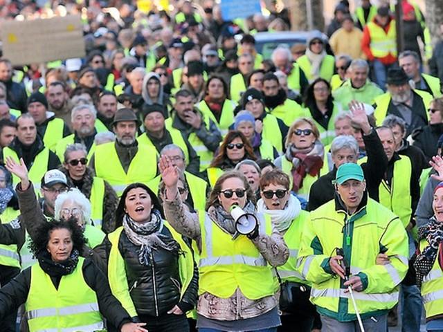 """Manifestation régionale des """"gilets jaunes"""" à Alès : des appels au calme"""