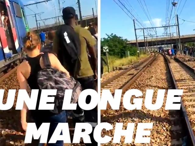 À cause d'un suicide sur les voies du RER D, les usagers ont fini à pied