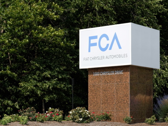 Fiat Chrysler et Foxconn futurs alliés pour des véhicules électriques et connectés?