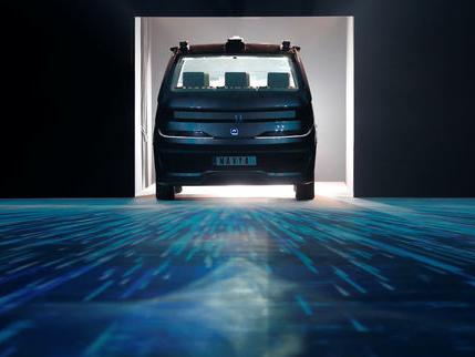 «La vague du véhicule autonome va engloutir 100000 emplois de chauffeurs de taxis et de VTC»