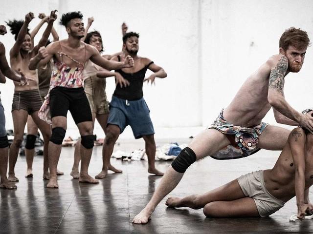Lia Rodrigues fait danser une humanité en lambeaux