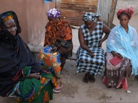 Naufrage de migrants en Mauritanie: «60 Gambiens morts, une tragédie nationale» (président gambien)