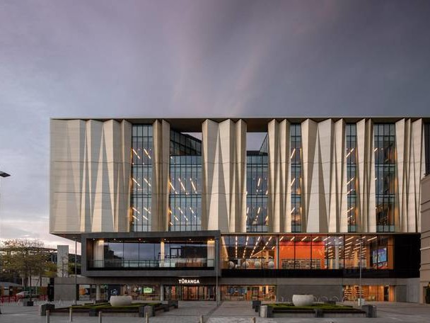 Beautiful Library Against Earthquakes in Christchurch
