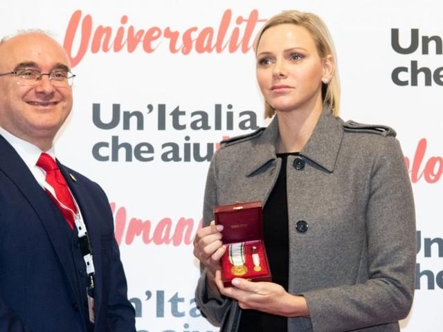 Charlene de Monaco à l'honneur : rare apparition en solo en Italie