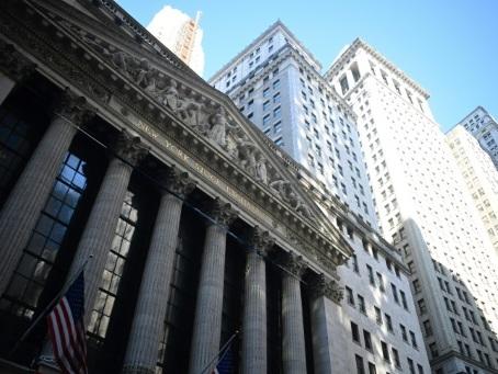Wall Street en forte baisse, perturbée par le regain des tensions commerciales