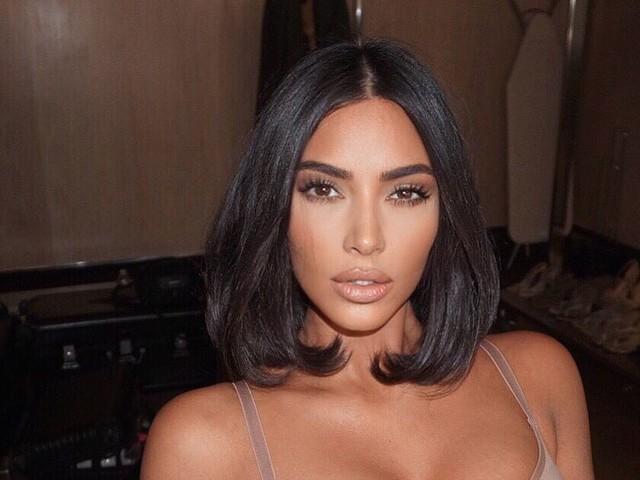 Kim Kardashian dévoile les photos de son baptême en Arménie