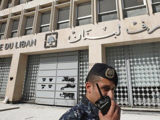 Manifestations au Liban: les autorités cherchent à éviter la crise bancaire