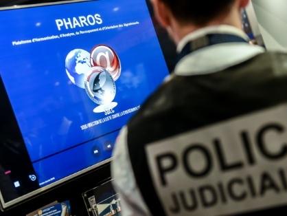 Un ultra-nationaliste, qui projetait de tirer sur Emmanuel Macron en 2017, renvoyé en correctionnel