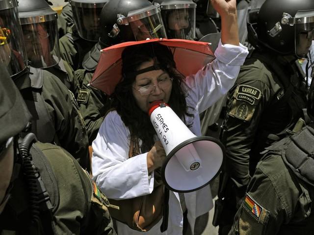 Bolivie : appel à la grève générale, face à la victoire probable d'Evo Morales à l'élection présidentielle