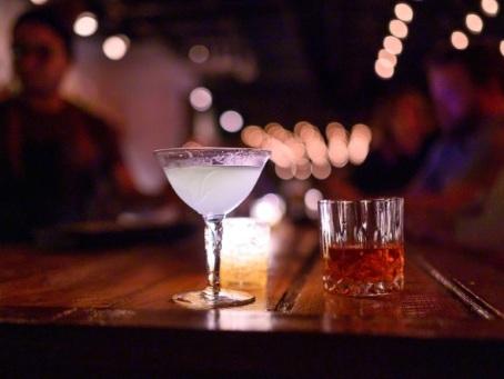 """Avec les nouveaux """"speakeasies"""", les Américains se cachent toujours pour boire"""