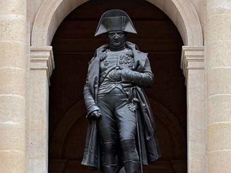 Dépôt de gerbe, discours... Ce que prévoit Macron pour le bicentenaire de la mort de Napoléon