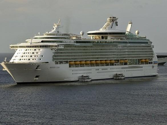 Les passagers d'un bateau de croisière s'insurgent contre l'équipage pour leur voyage décevant