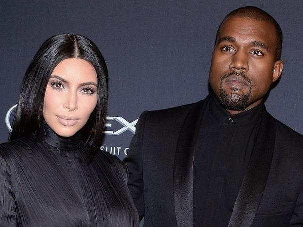 En plein divorce avec Kanye West, Kim Kardashian se rend à un événement organisé par le rappeur...