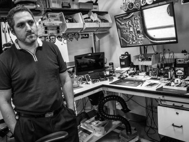 Le procureur Cyrus Vance Jr dispose d'un laboratoire entièrement dédié au piratage des iPhone