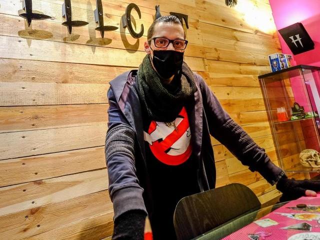 Dan Willeme, tatoueur à Dinant, ouvrira son salon le 1er février: «Peu importe le risque d'amende, je compte me battre»
