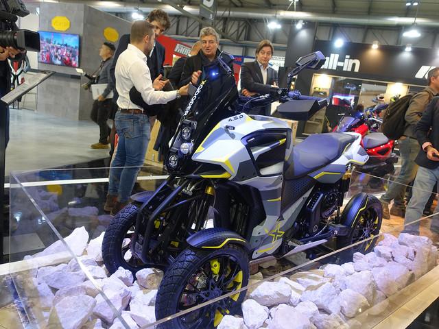 X-Qooder : le trail 4-roues   Salon Milan 2019