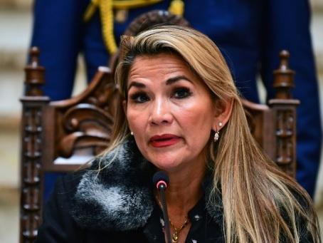 Bolivie : la présidente annonce qu'elle convoquera des élections dès ce mercredi
