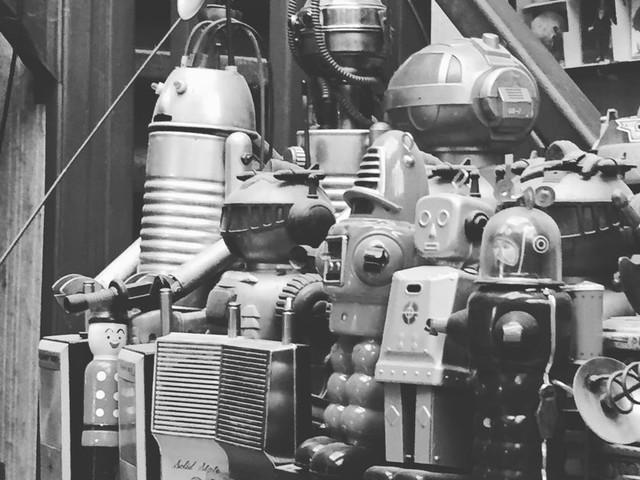 Mon jumeau, le robot (1/4) : Robots-Hommes et Hommes-Robots