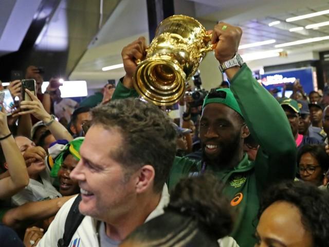 Les Springboks accueillis en héros à Johannesburg (vidéo)