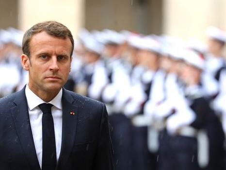 """""""Jeune"""", """"arrogant"""": ce que les Français disent de Macron"""