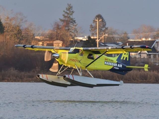 Une première : un hydravion commercial électrique réussit son vol d'essai