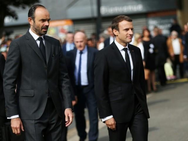 Popularité: après un rebond, Macron et Philippe en baisse en janvier