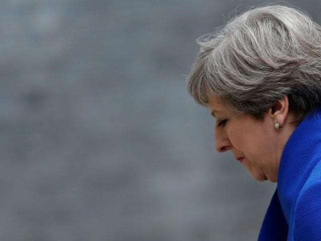 Brexit: l'exécutif britannique, affaibli, plonge dans des négociations historiques