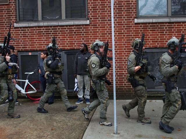 Etats-Unis : une fusillade dans la banlieue new-yorkaise fait plusieurs morts et des blessés