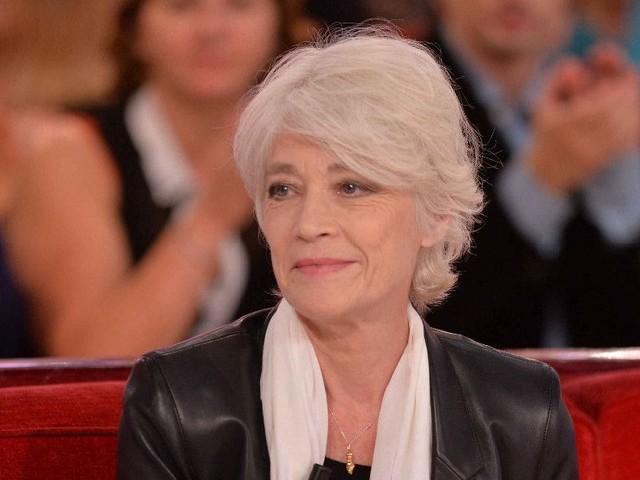 Françoise Hardy a peur de ne plus chanter : pour vaincre son cancer, elle compte sur Jacques et Thomas Dutronc...