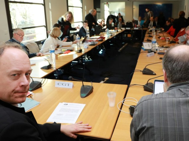 Assurance chômage: accord finalisé, mais les syndicats veulent des garanties de l'État