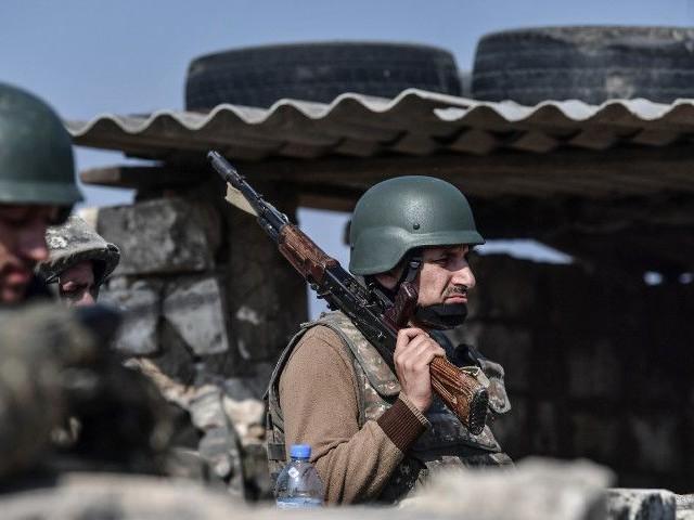 """Haut-Karabagh: """"C'est la première fois que des drones sont utilisés aussi massivement dans une guerre"""""""