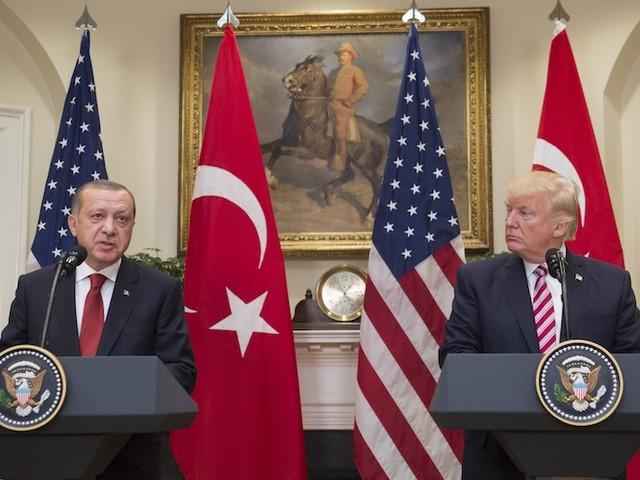 """Syrie-Turquie : """"Donald Trump a commis une grosse erreur politique, peut-être sa première"""""""