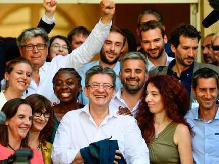L'«insoumis» Mélenchon fait une rentrée remarquée à l'Assemblée nationale