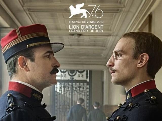 """Avec """"J'accuse"""", Polanski arrive en tête du box-office français malgré la polémique"""