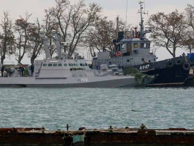 Avant un sommet, Moscou annonce avoir rendu des navires militaires ukrainiens