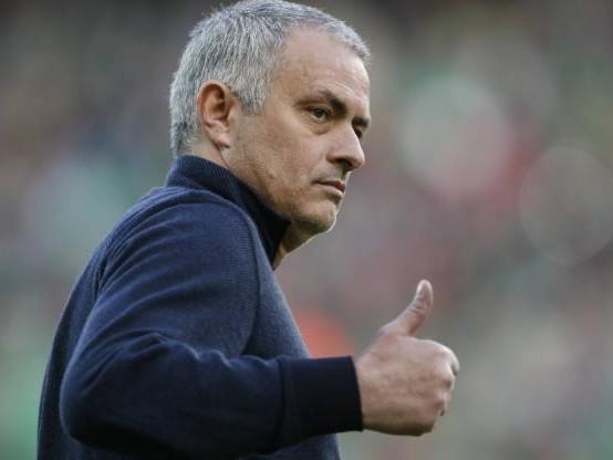 Foot - L1 - José Mourinho assiste au match entre Lille et Montpellier au stade Pierre-Mauroy