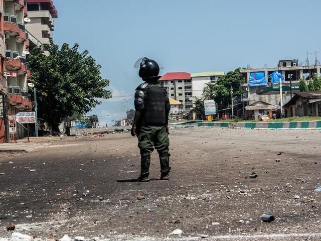Présidentielle en Guinée: calme précaire au lendemain de l'annonce des résultats