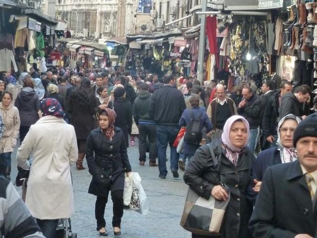 Turquie: réintégration de 1800 fonctionnaires